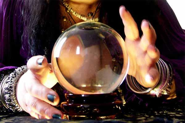 Magia şi ocultismul, Diferenţa între magie şi religie