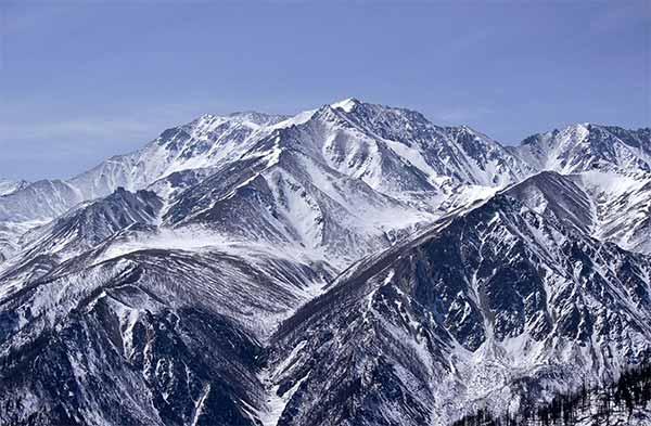 Mediul munţilor înalţi